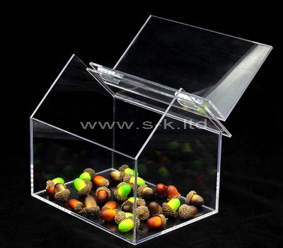 dried fruit display case
