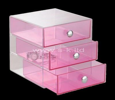 clear lucite box