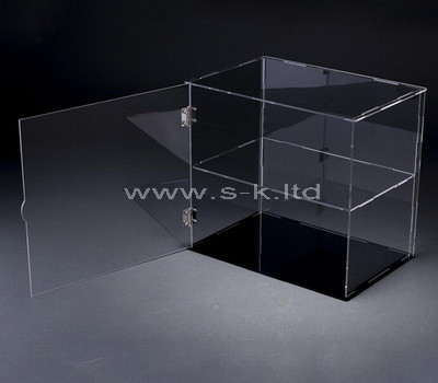big plexiglass box