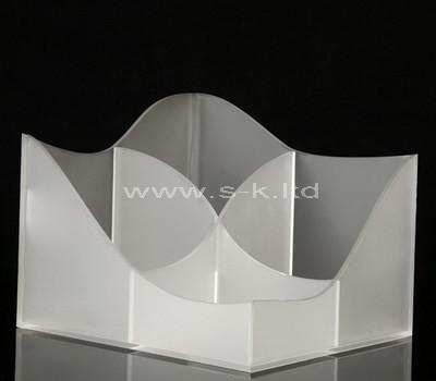 white 4 compartment box