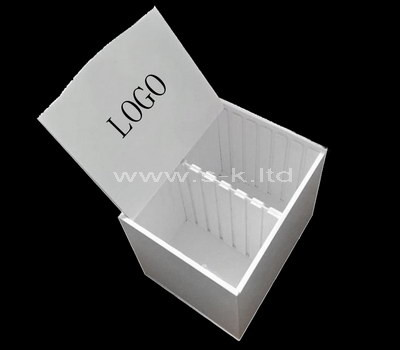 Rigid box with lid