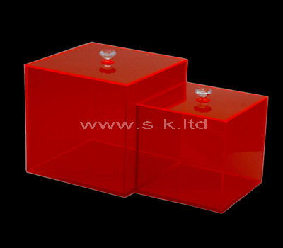 red box with lid