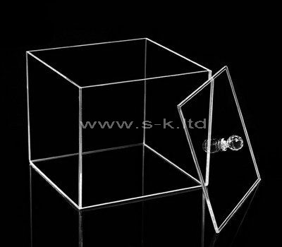 Square clear acrylic box with lid