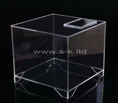 Square clear acrylic display case