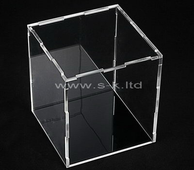 transparent acrylic box