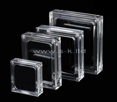 Clear acrylic jewelry display cases with lid