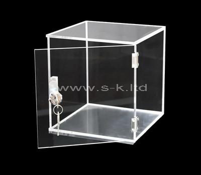 Custom square clear acrylic locking display box