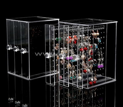 Custom acrylic jewelry display case