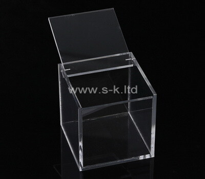 Custom square clear plexiglass display case