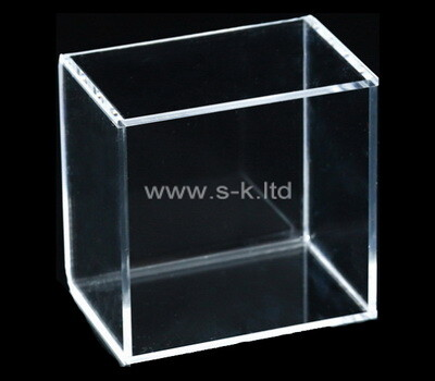Custom 5 sided clear lucite display case