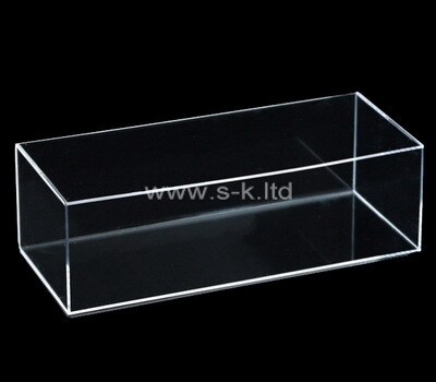 Custom 5 sided clear lucite display box