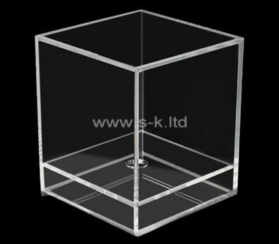 Acrylic manufacturer customize lucite 5 sided showcase